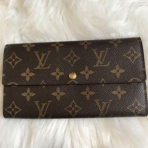 🎉🎉Authentic Louis Vuitton Wallet